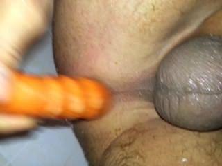 他媽的我的屁股在淋浴用胡蘿蔔!24karrot!