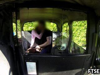 復仇他媽的視頻在出租車