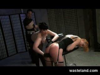 bdsm訓練分配femdom,maledom和女性順從hardcore