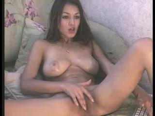 messyhot又名sofi按摩她的大山雀和戲劇與她濕的貓
