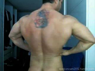 肌肉臀部cums兩次凸輪。