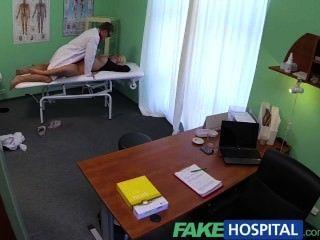 fakehospital厚美麗的金發讓醫生做他喜歡