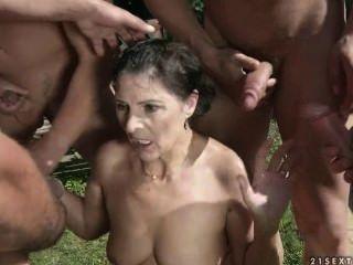 金色淋浴骯髒的奶奶margo#1