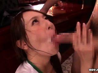 日本女孩攻擊了hotel.avi的有吸引力的年輕妹妹