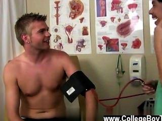 同性戀者,然後一旦他應用一些潤滑劑,他的管道得到超級岩石硬