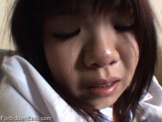 日本寶貝在大學裙子手淫