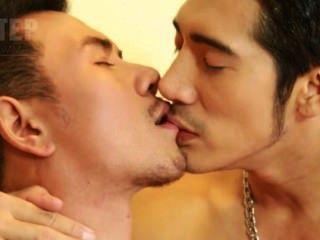 超熱亞洲模特拍照與性!