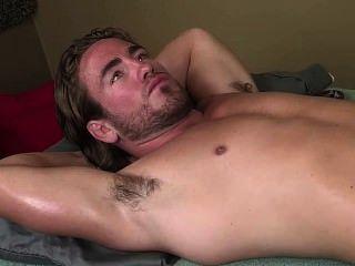 熱肌毛腋窩按摩