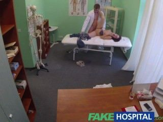 fakehospital醫生得到球深與雙性戀患者,當男朋友