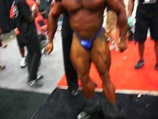 希臘肌肉熊manolis:後台ess 2010
