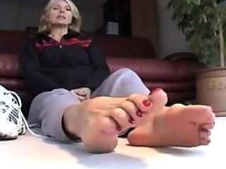 性感腳和襪子pov第2部分