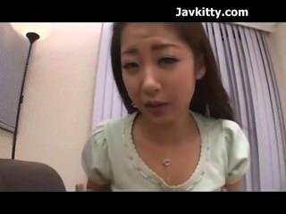 日本性感的女孩知道如何使你暨日本adult.com/pornh