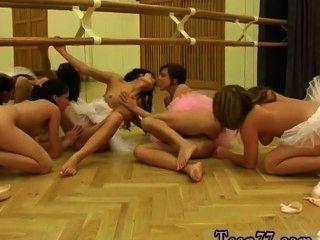 熱芭蕾舞短裙