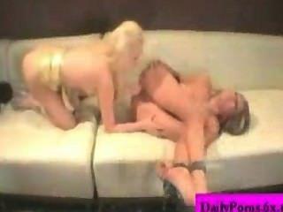 mia玫瑰和brea bennet兩個女同性戀