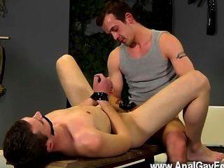 同性戀艾滋病在這個輕彈也得到了很多的懲罰,有他的