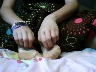 怕癢女孩的腳1