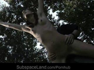 性感瘦瘦的奴隸白楊綁定和利用奴役幻想