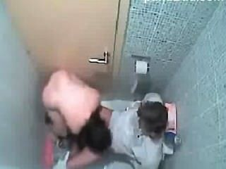 pinay護送性在浴室醜聞