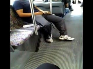 角質在公共汽車(趕上飛?)
