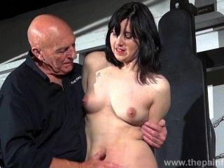 gagged奴隸誠實卡勒洛羅色情統治和乳頭酷刑