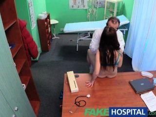 fakehospital性感的病人有臟的醫生的大驚喜