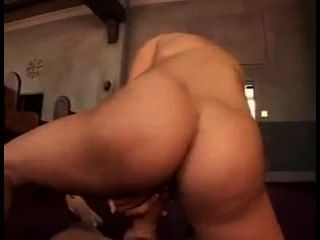 009. aubrey addams骯髒的性別在教會裡