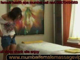 男性對女性按摩樂趣性放鬆身體享受ravi malhotra打電話給我