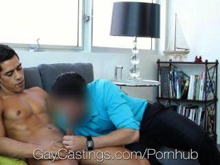 hd gaycastings性感混合bobby牡鹿正在試穿色情