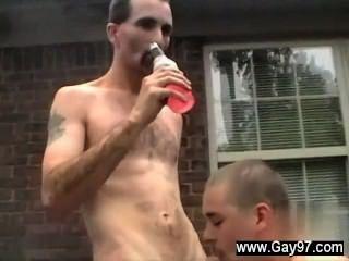 性感的男人喬在他的屁股得到一個大雞巴