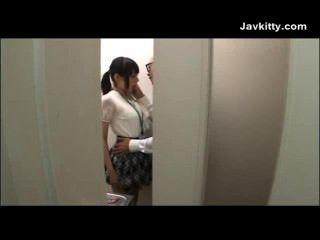 東京的辦公室女孩吸雞雞