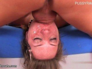 在嘴的熱的妻子精液