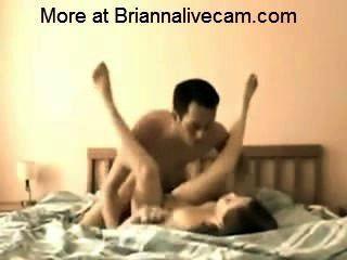 brianna欺騙她的丈夫slutcamfun.com