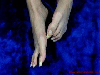 footgoddess99長,未磨光的腳趾甲