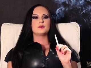 吸煙戀物癖25。