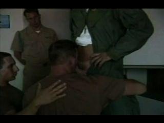 海軍士兵愛深深的大迪克斯