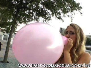 第一次looner卡特巡航吹氣球外面