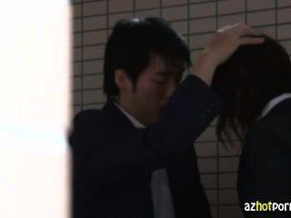 日本學校老師gangbanged
