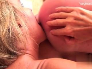 18歲的exgirlfriend cocksucking