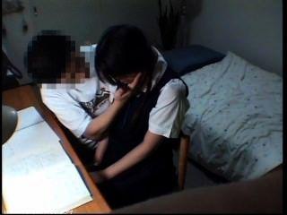 學生女孩性淫穢場面