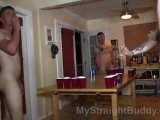 4個裸體夥伴2