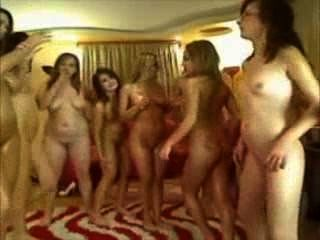 所有女孩女同性戀狂歡與許多超級辣妹