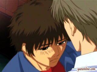 無盡的同性戀夫婦有一個軟的親吻