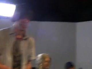 後面的殭屍核心電影的場景