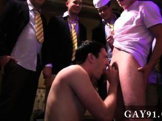 同性戀他媽的承諾在薩蘭包,搖擺的假陽具和墨西哥胡椒吹