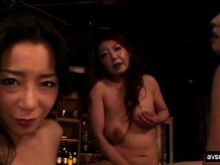 熱日本女同性戀三人組