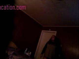 隱藏的相機電影在她的臥室裡一個女孩