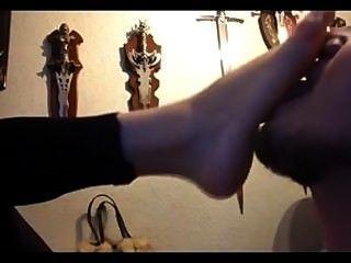 哥特式女朋友的腳