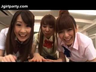 日本青少年女學生492477