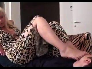 美麗的成熟情婦腳崇拜