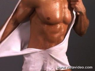 zack vasquez看起來性感和熱只是彎曲